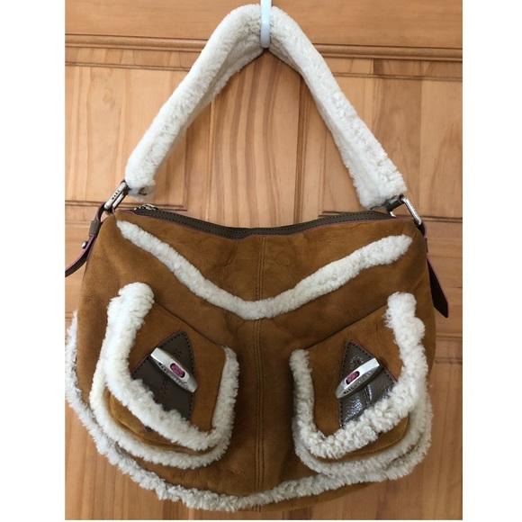 Marc Jacobs Handbags - Marc Jacobs suede shoulder bag